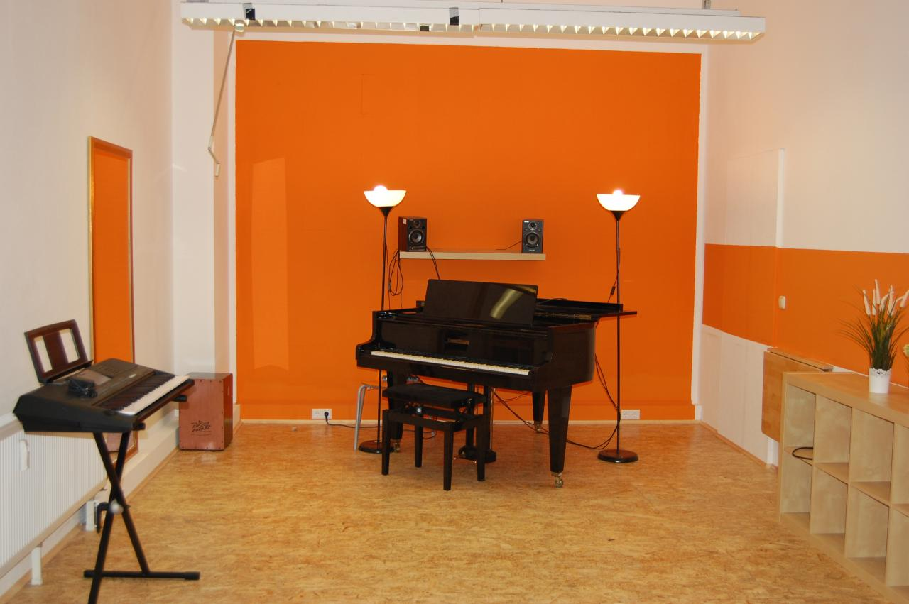 raum 2 südstadt klavier gesang amp kleine akustische