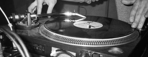 Kassette und Vinyl Keyvisual