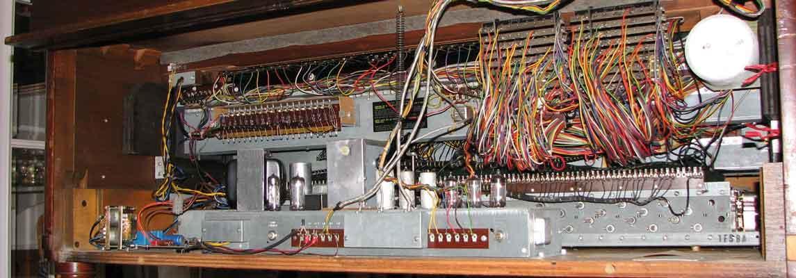 Hammond-Orgel Innenleben